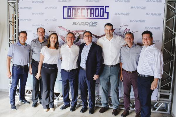 Barros Autopeças oferece festa para fornecedores