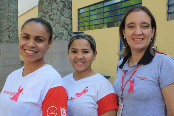 Outubro Rosa - Colaboradoras da Barros Autopeças envolvidas com a causa!